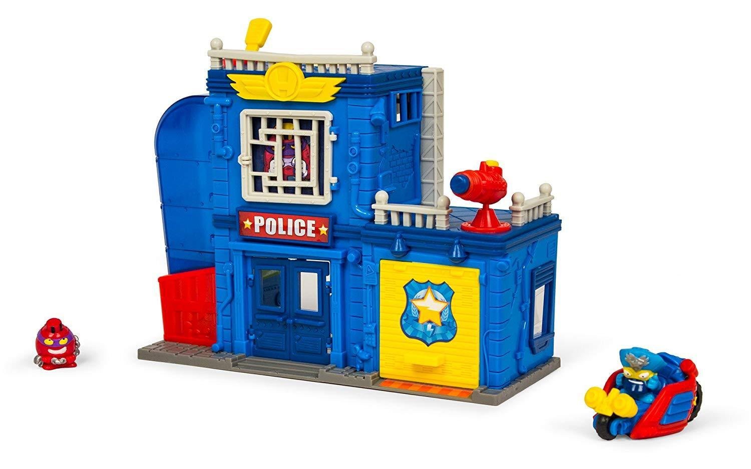 POLICE STATION SUPERZINGS