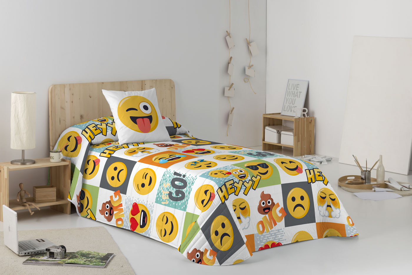 COLCHA BOUTI HEY  de JOY PIXELS EmojiOne