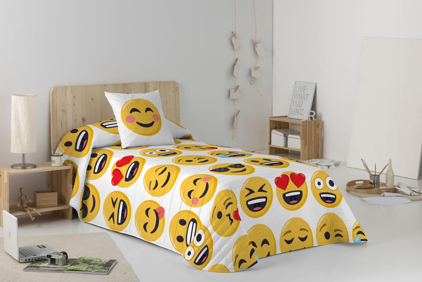 COLCHA BOUTI ILY  de JOY PIXELS EmojiOne