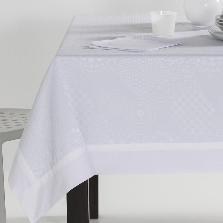 MANTELERIA LLANES APLIQUE Blanco 155x300+12serv. Blanco 155x250+12serv. Blanco 155x200+8serv Blanco 155x155+6serv
