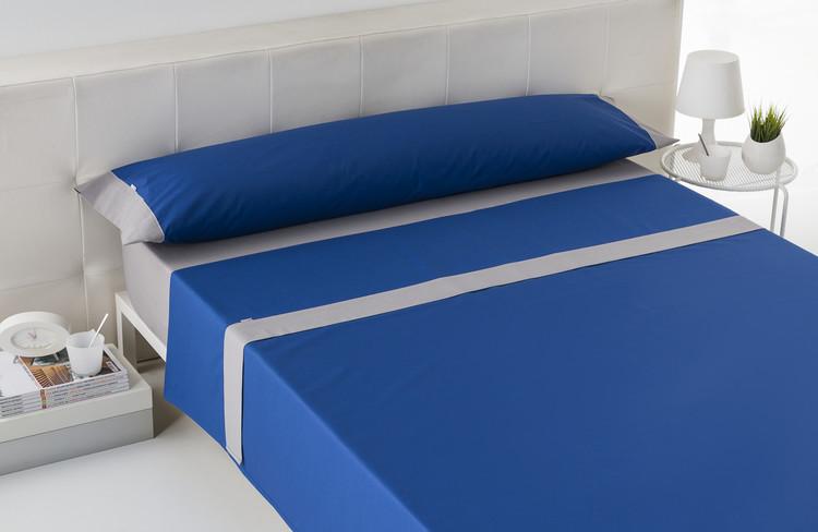 JUEGO DE SÁBANAS LISOS APLIQUE Azulón con aplique en plomo 90 cms